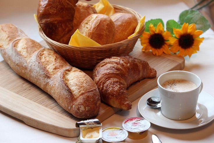 朝飯 パン