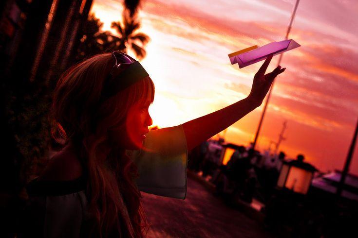 折り紙 紙飛行機