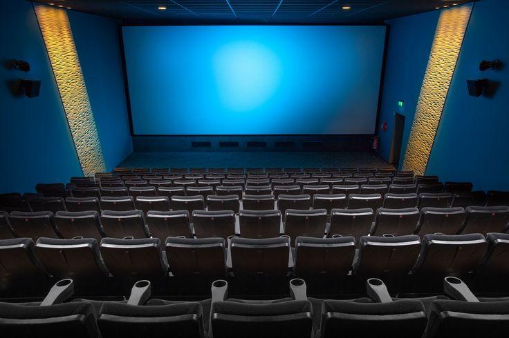 映画館 貸し切り
